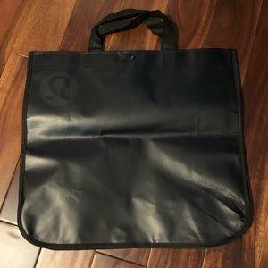 Lot of 2 reusable Lululemon bags - small/big black